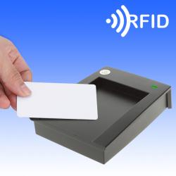 Αναγνώστης καρτών RFid
